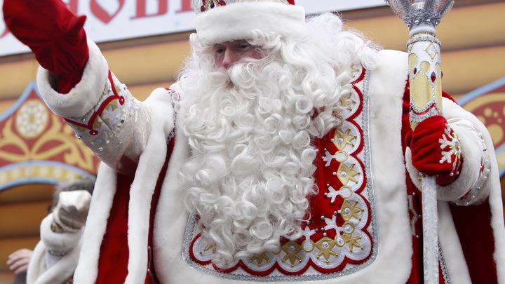 Сотрудники Московского зоопарка доставят детские письма лично Деду Морозу