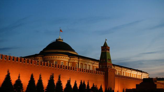 Губернаторопад: Названы 8 регионов России, где готовятся громкие отставки