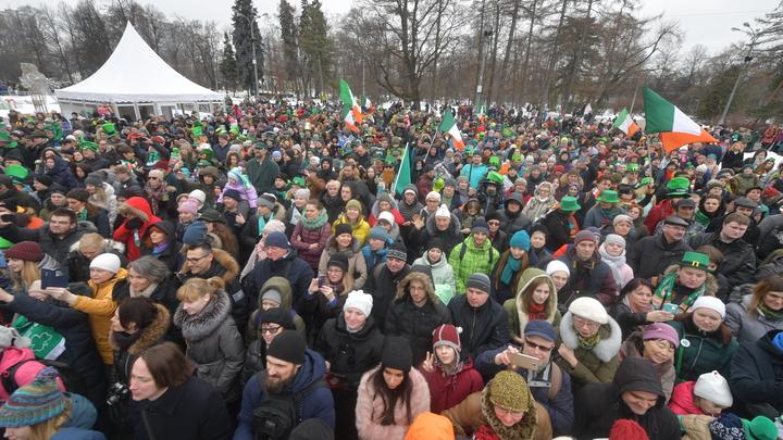 В Москве не позволили обогащать бойцов АТО - украинский художник не попал на площадку: Мероприятие не проводилось