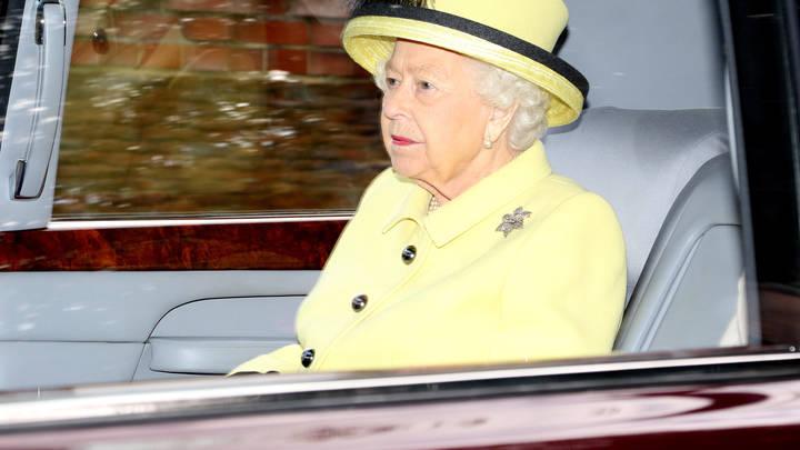 Королева грустит над решением, которое сама продиктовала? Вассерман указал на интересную деталь в отречении принца Гарри