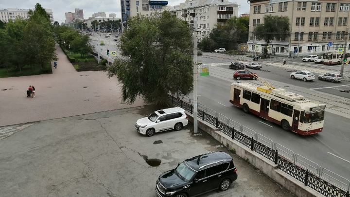 В Челябинске на Свердловском проспекте закроют движение троллейбусов