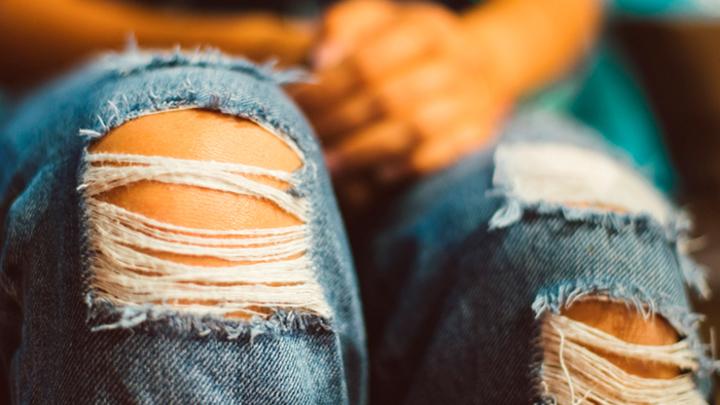 Инициатива депутата Милонова: В школу - без рваных джинсов и розовых волос