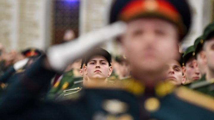 К изгнанию духа Ельцина из Конституции присоединился Двуглавый Орёл
