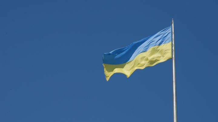 Сложилась как карточный домик: На Украине в школе обрушились бетонные плиты