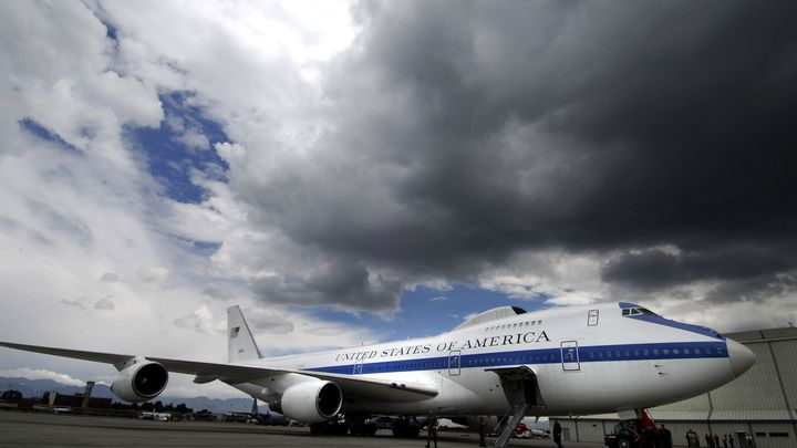 Самолёты конца света утонули в водах Миссури