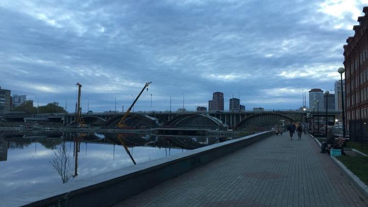 В Екатеринбурге планируют закрыть движение по Макаровскому мосту