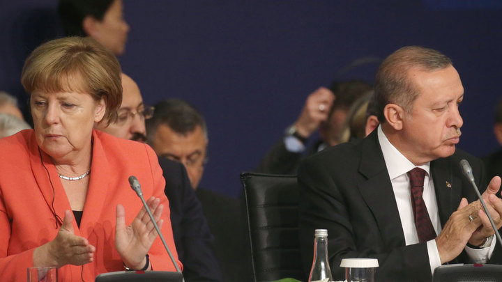 Меркель начала военно-промышленную войну против Эрдогана
