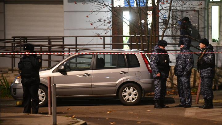 Демонстрация и устрашение: Детали заказного убийства полицейского в Москве