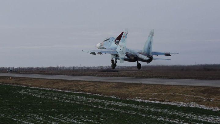 На американцах натренировались: После перехвата разведчика русские асы провели учебный бой