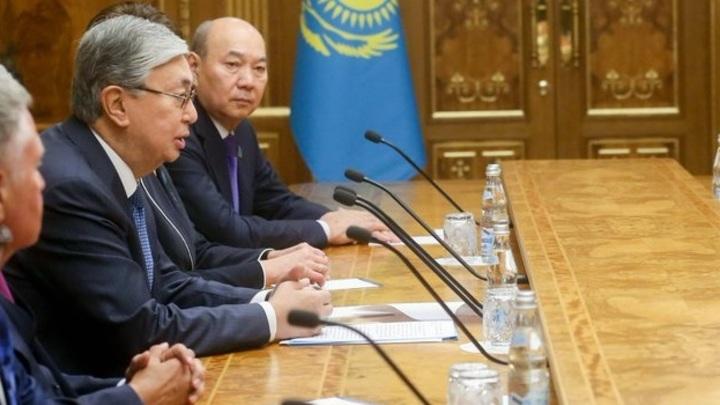 Рыжий русский тебе станет братом: В Казахстане делают ставки, потянет ли Токаев