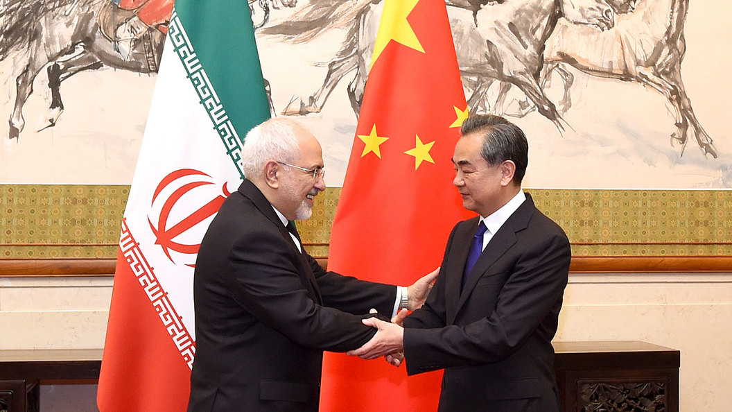 Китай встал вместе с Россией на защиту Ирана