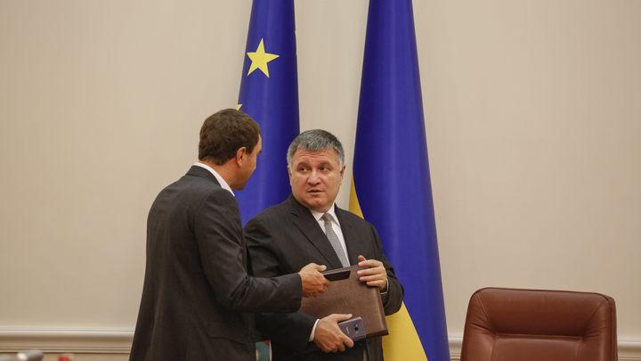 Верховная рада Украины не решилась уволить врага Порошенко