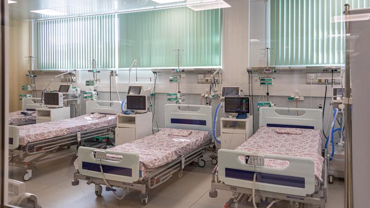 В Петербурге осталась тысяча свободных коек для COVID-пациентов