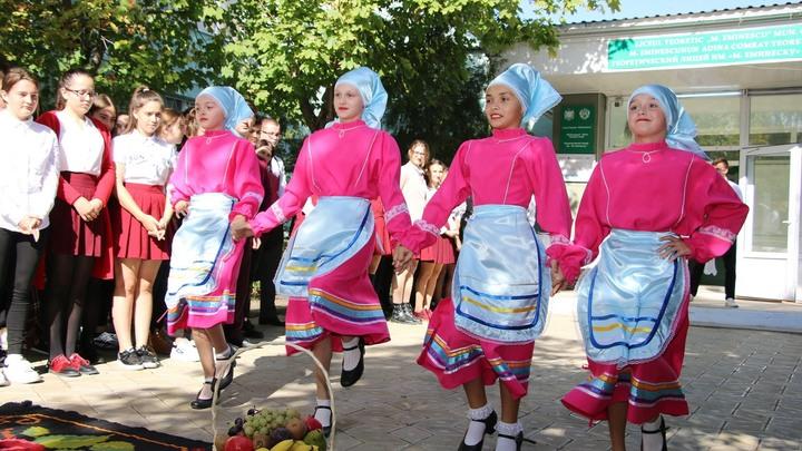 Чей будешь и с кем танцуешь: кто участвует в выборах в Гагаузии 19 сентября