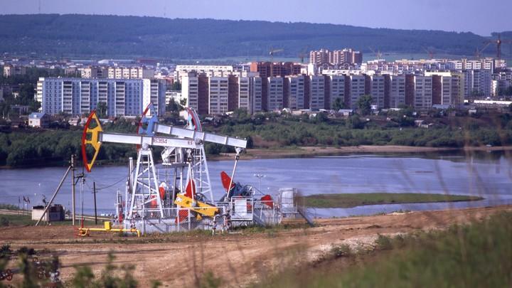 Нефть побила новый рекорд стоимости - рубль ответил «разнонаправленно»
