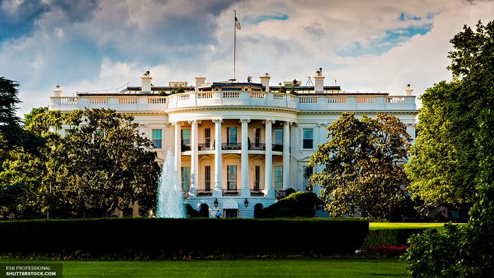 Угроза Белому дому: территория вокруг резиденции президента США оцеплена