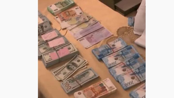 Руководителя отдела Роспотребнадзора уволили из-за взятки в 150 тыс рублей