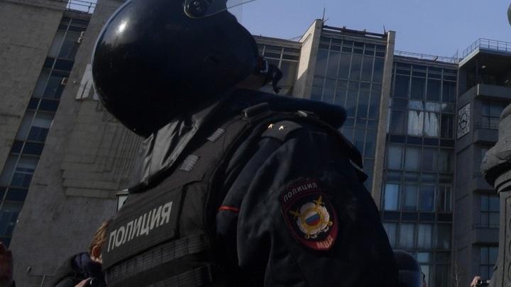 При задержании стрелка в Казани погиб сотрудник спецназа - источник