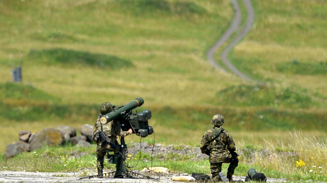 Александр Шерин: Запад пытается расшатать ситуацию в России через страны оси зла