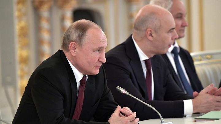 Парня продолжают унижать: Министра-аутсайдера путинских встреч показал Баширов