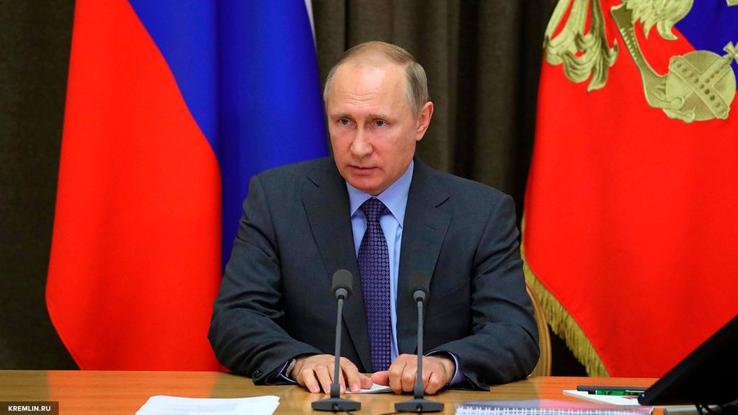 Путин поручил проверить выполнение законов о запрете ввоза санкционки