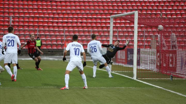Ивановский «Текстильщик» переиграл «Балтику» и поднялся в турнирной таблице