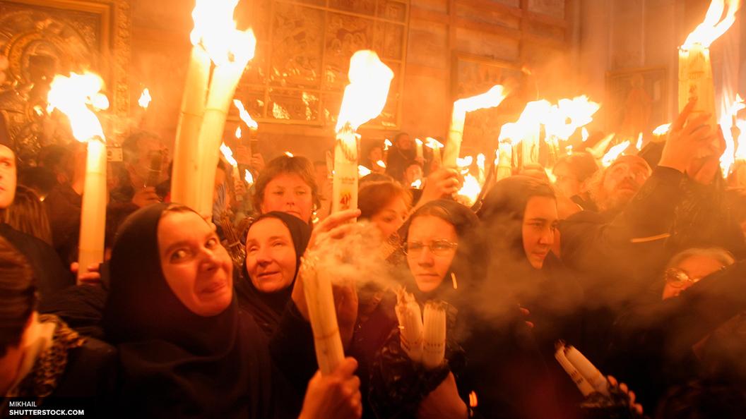 Схождение Благодатного Огня в Иерусалиме: Десятки тысяч людей в ожидании чуда