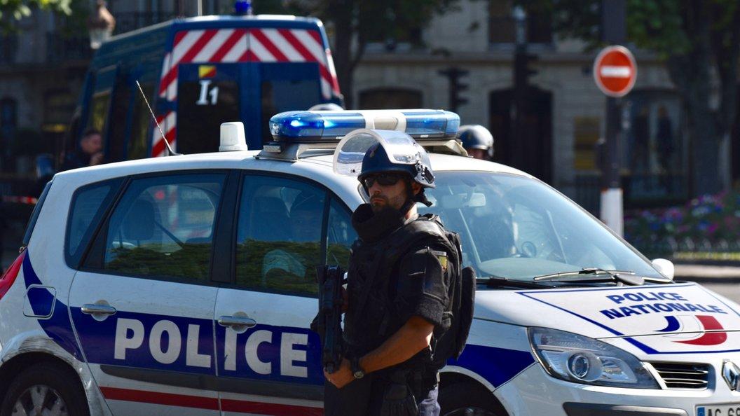 Полиция озвучила версии смерти двух выходцев из России во Франции