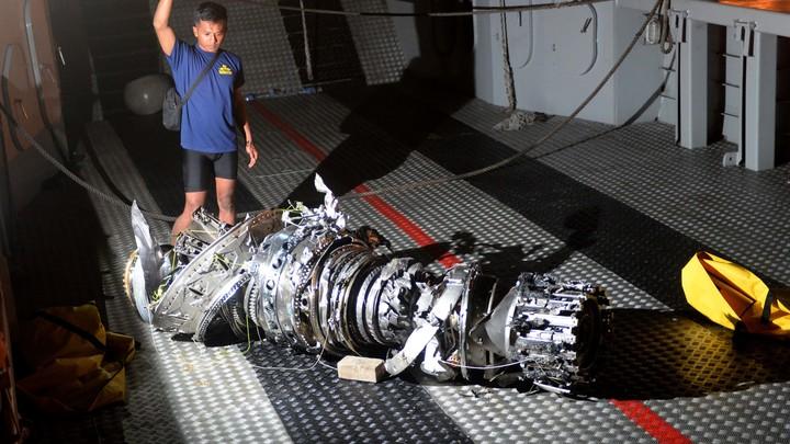 У пилотов были некорректные данные: На разбившемся в Индонезии «Боинге» не работал указатель скорости