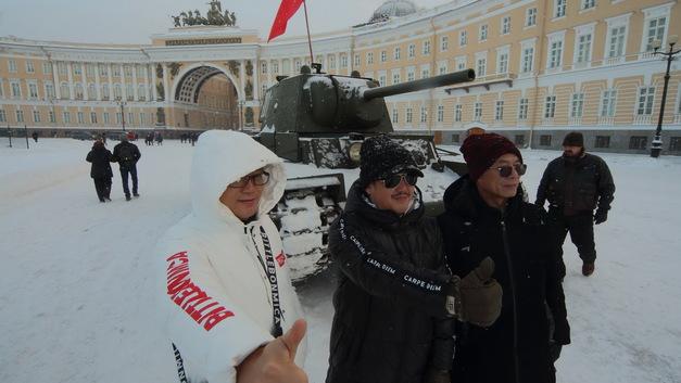 Русский с китайцем – братья навек? На Востоке нас считают жадными лентяями и... не скрывают восторга