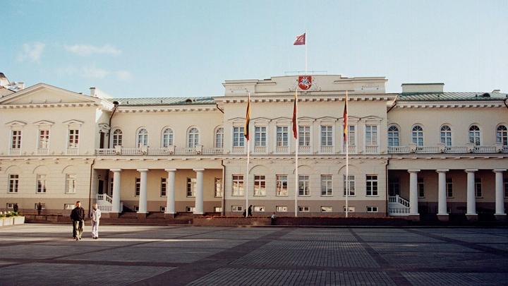 Мэр Вильнюса предложил полностью отказаться от белорусской соли