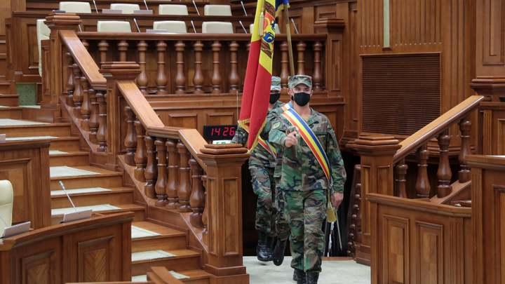Главных борцов с коррупцией проверит парламент Молдовы