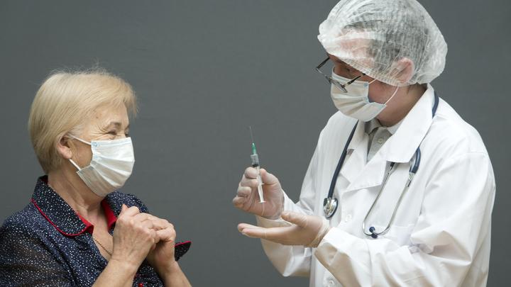 «Нет сил проходить этот квест» петербуржцы рассказали, как на самом деле идет вакцинация от COVID