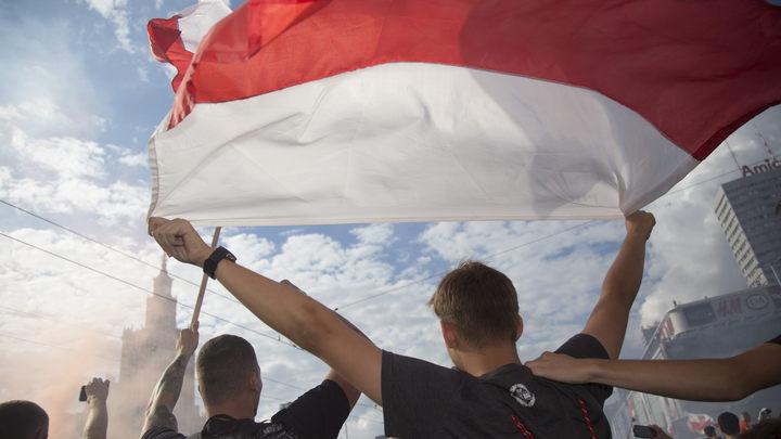 Нацист Корейба: Польша защитит Украину от русских танков, но это стоит денег