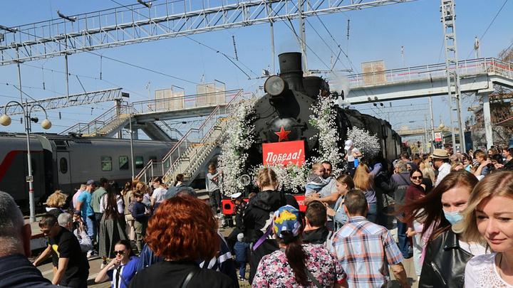 В Новороссийск 3 мая прибыл ретро-поезд Победа