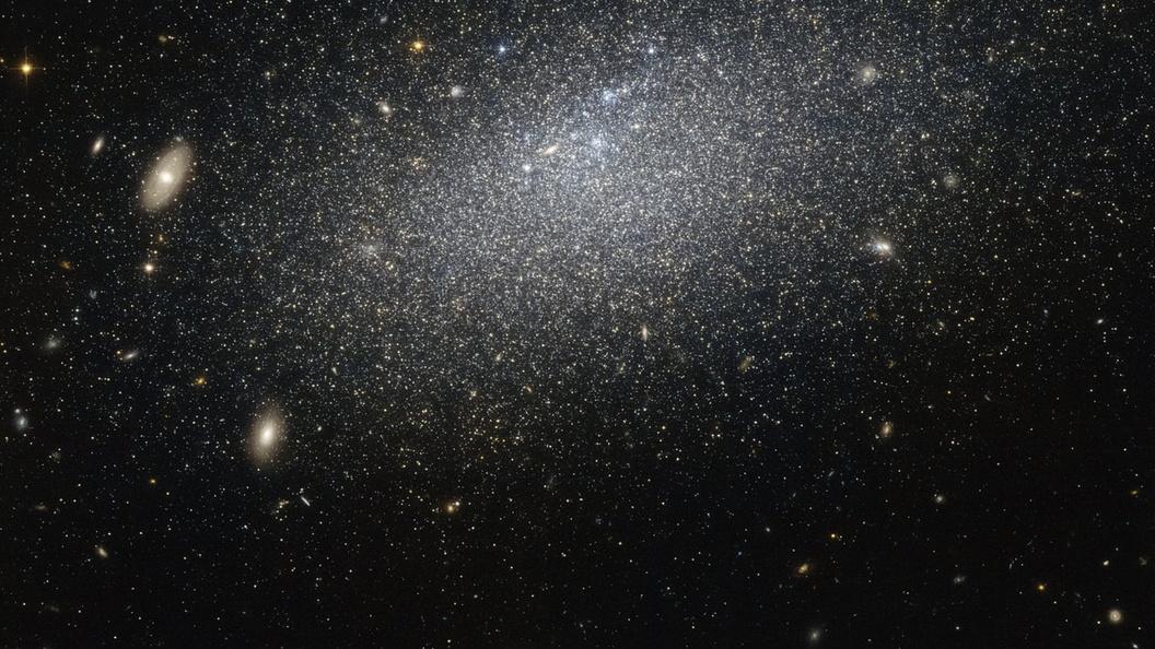 NASA показало, как выглядит Туманность Ориона «изнутри»