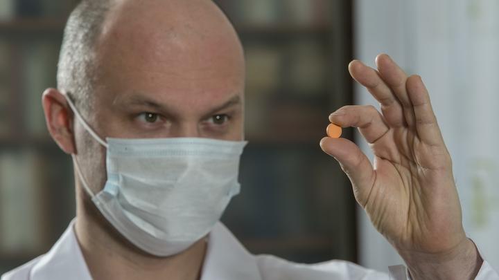Температура не падает, но добавляется тошнота: К новому лекарству от коронавируса возникли вопросы