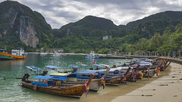 Самые тяжёлые травмы - у туристки из России: У берегов Таиланда столкнулись яхта и катер