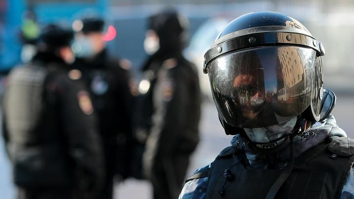 Омоновец избил журналиста: А теперь правда