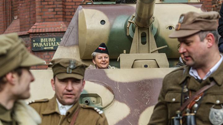 Поближе к России: В Польше со страху перебросили армию с Запада на Восток
