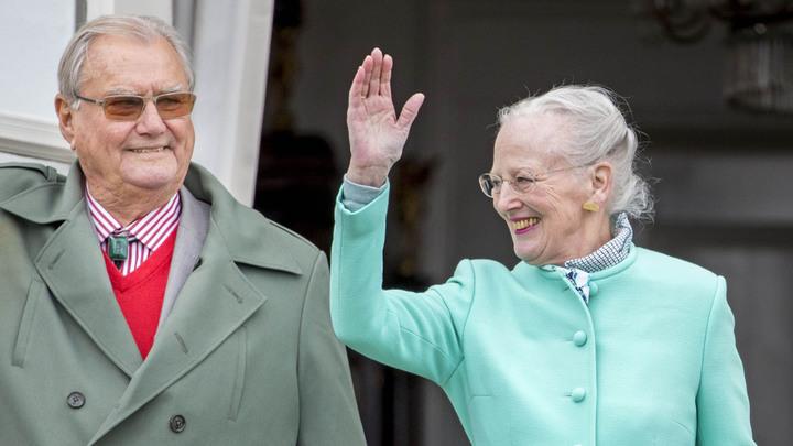 Ушедший из жизнисупруг королевы ДанииМаргрете II страдал деменцией