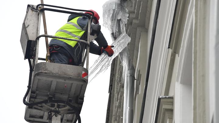 Чиновники владимирской мэрии будут штрафовать владельцев зданий за сосульки