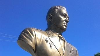 В Новгородской области откроют памятник основателю ВДВ Василию Маргелову