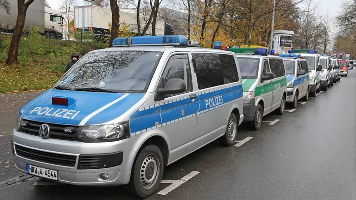 Наезд на пешеходов в Германии: Шесть человек пострадали