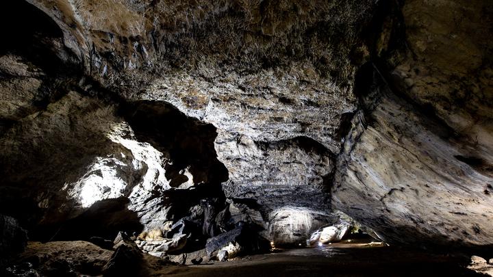 Дайвер, спасавший детей из тайской пещеры, стал сам заложником под землёй на 28 часов. Его чудом нашли спасатели - видео