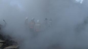 Районы возле Темерника в дыму: Рынок в Ростове-на-Дону выгорел дотла