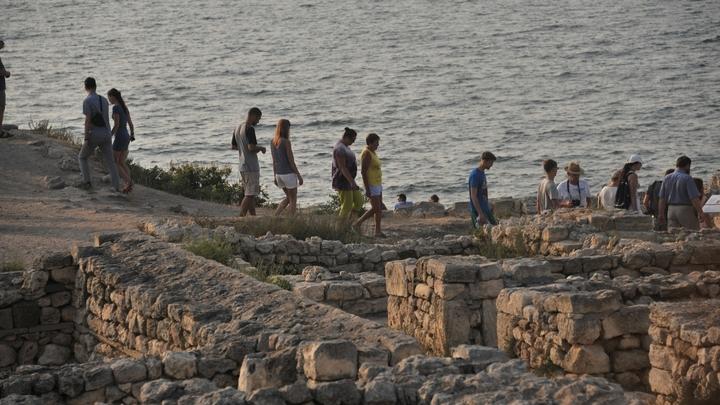 Вгосударстве Украина разоблачи ложь туристах, которых якобы нет вКрыму