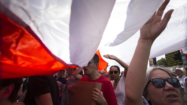 Это подлость - Саблин прокомментировал решение Польши о сносе советских памятников