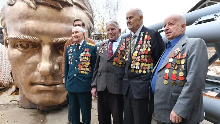 Русские развязали Вторую мировую? Как поляки лили елей в уши простуженному Европарламенту
