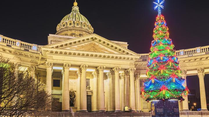Петербург в коронавирусной блокаде: Власти грозят запретом Рождественских богослужений